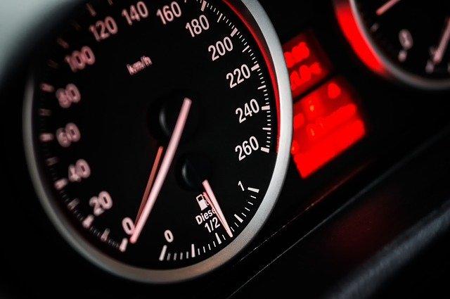 Sportovní auta do 200 000,-