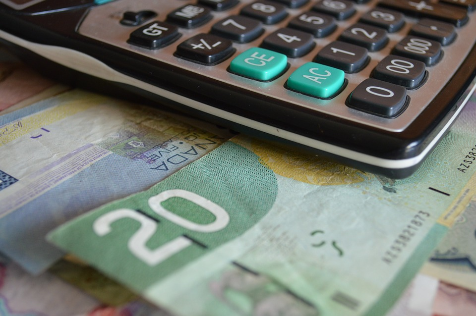 počítačka a peníze